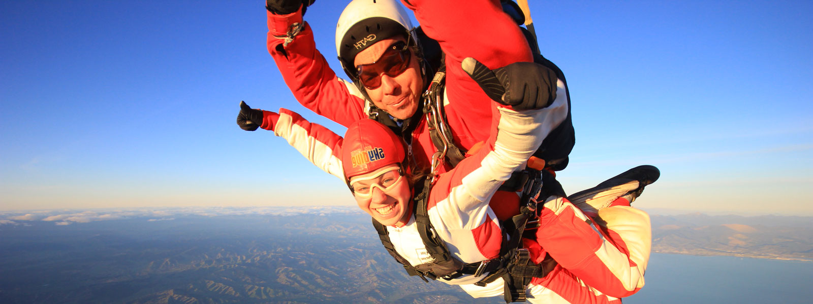 two people mid-skydive